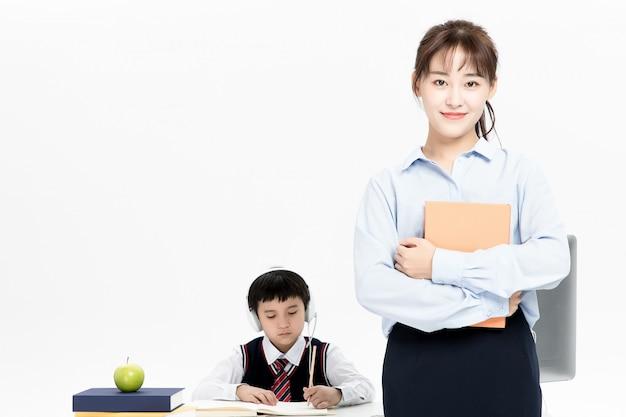 Professor tutoria crianças educação online