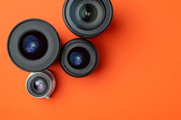 Progresso de diferentes lentes fotográficas