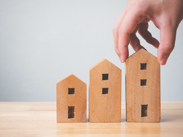 Propriedade imobiliária de investimento e casa conceito financeiro de hipoteca.