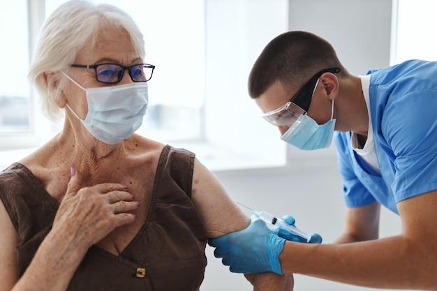 Proteção da imunidade do passaporte da vacina do paciente e do médico