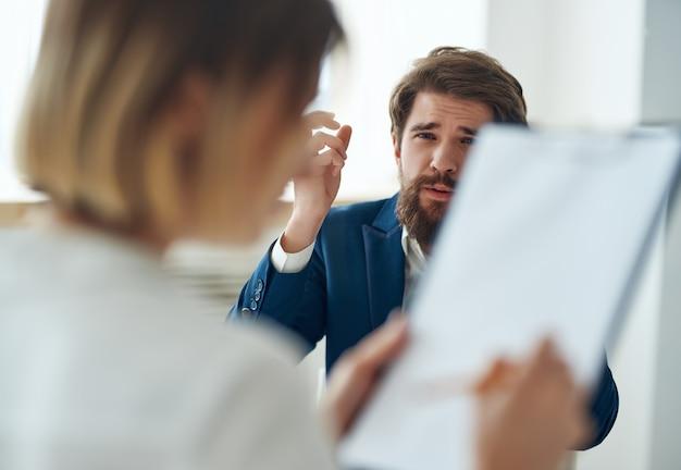Psicóloga com diagnóstico de problemas de comunicação com o paciente