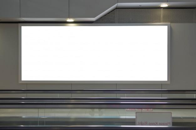 Publicidade em lcd grande para exibição de pôster