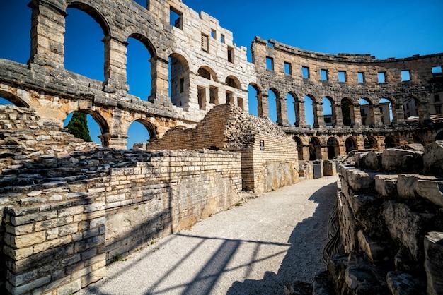 Pula arena em pula, ístria, croácia, europa.