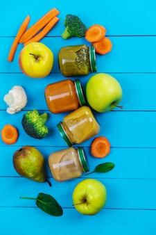 Purê para crianças com frutas e vegetais. focus.food seletivo