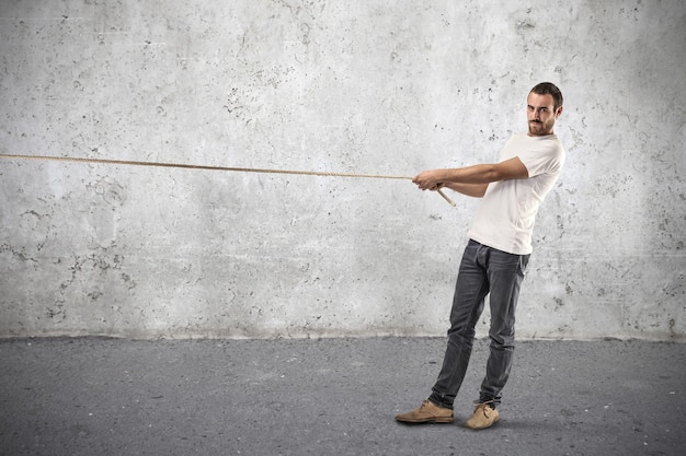 Puxando uma competição de cordas