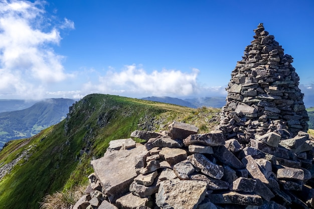 Puy mary e cadeia de vulcões de auvergne, cantal, frança