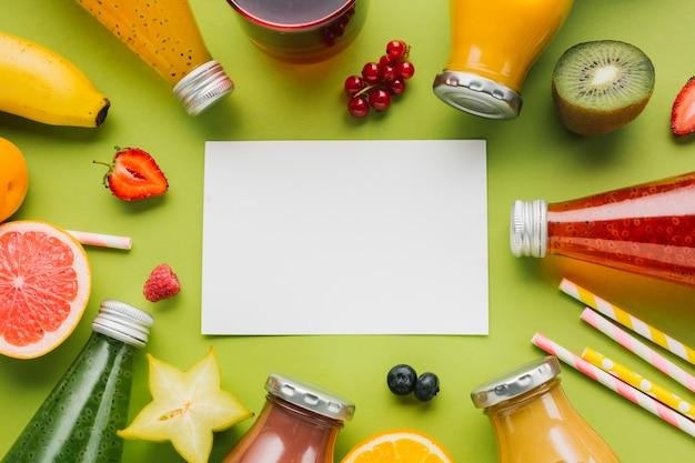 Quadro colorido de frutas e smoothies