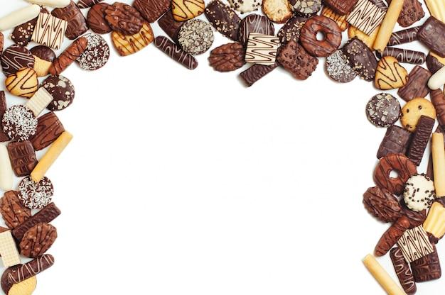 Quadro de biscoitos isolado no fundo branco