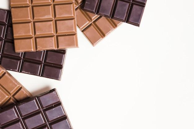 Quadro de chocolate escuro de vista superior com cópia-espaço