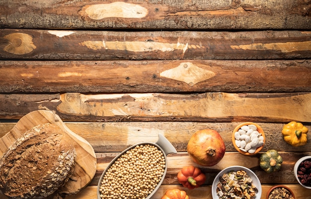 Quadro de comida tradicional de outono plana leigos