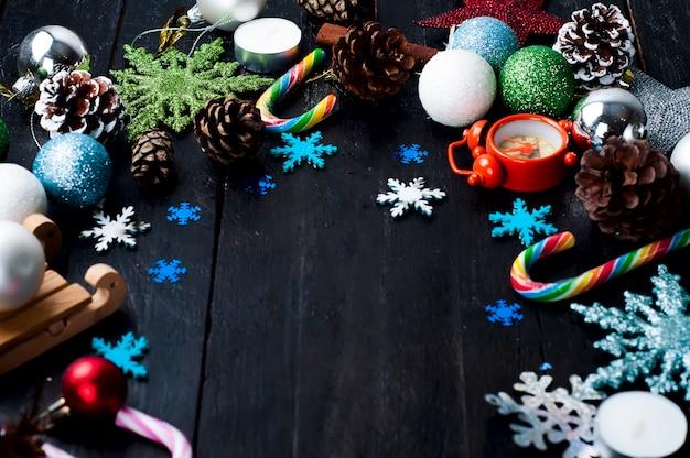 Quadro de decoração de natal em fundo de madeira