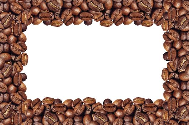 Quadro de grãos de café isolado no branco