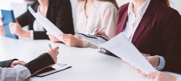 Quadro de inscrições. formação universitária. documentos de arquivamento de alunos inscritos para a faculdade. exames e entrevista.