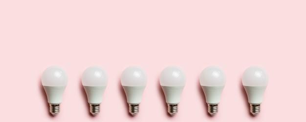 Quadro de lâmpada led. conceito de tecnologia alternativa. copie o espaço para texto.