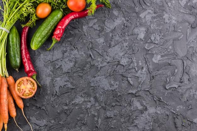 Quadro de legumes vista superior com espaço de cópia