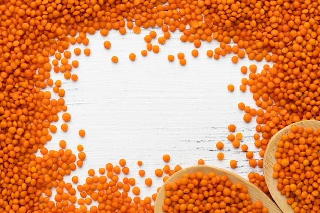 Quadro de lentilhas plano com cópia-espaço