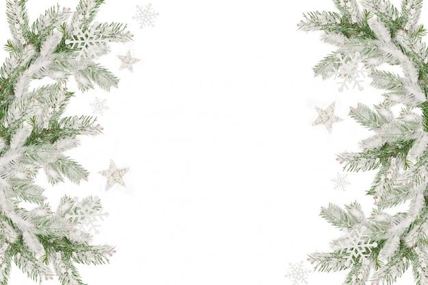Quadro de natal de ramos de abeto coberto de neve
