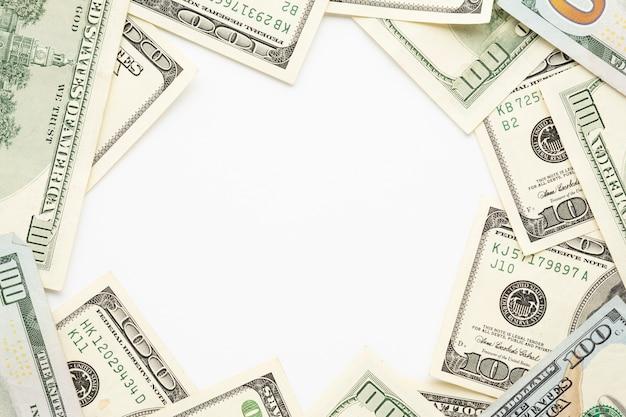Quadro de notas de cem dólares