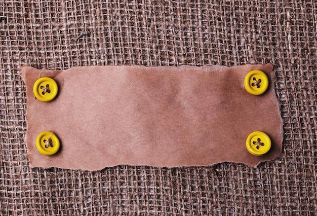 Quadro de papelão na textura rústica