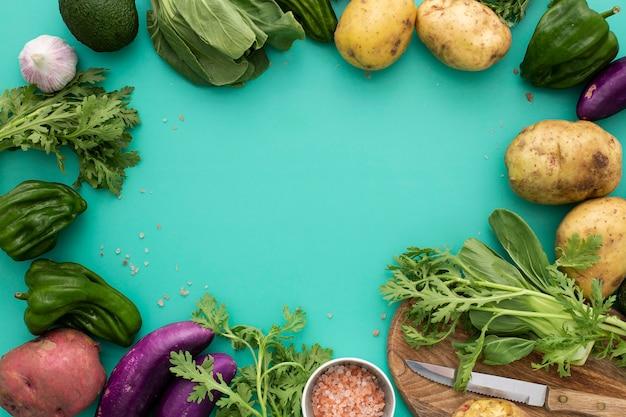 Quadro de visão superior de uma variedade de vegetais