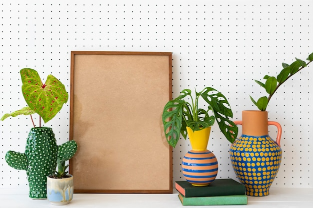 Quadro em branco na prateleira de plantas ideias de decoração para casa