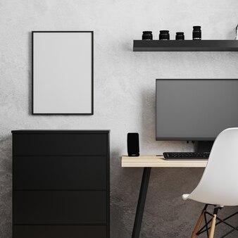 Quadro em branco perto do local de trabalho com pc, mesa de madeira e cadeira branca