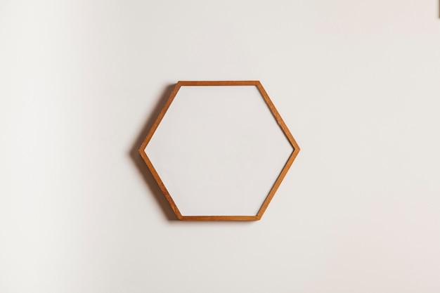 Quadro hexagonal suspenso