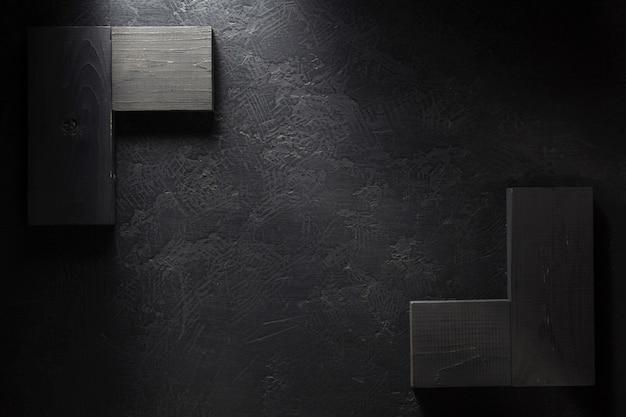 Quadro indicador de madeira com textura de fundo preto