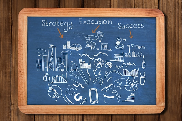 Quadro-negro com a estratégia de negócios