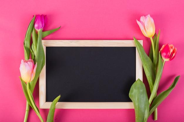 Quadro negro quadro tulipas