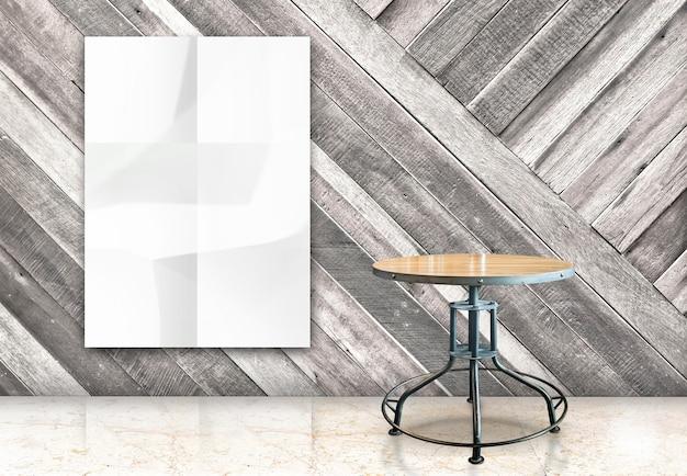 Quarto com pendurado em branco cartaz amarrotado em branco e mesa de madeira em parede diagonal de madeira