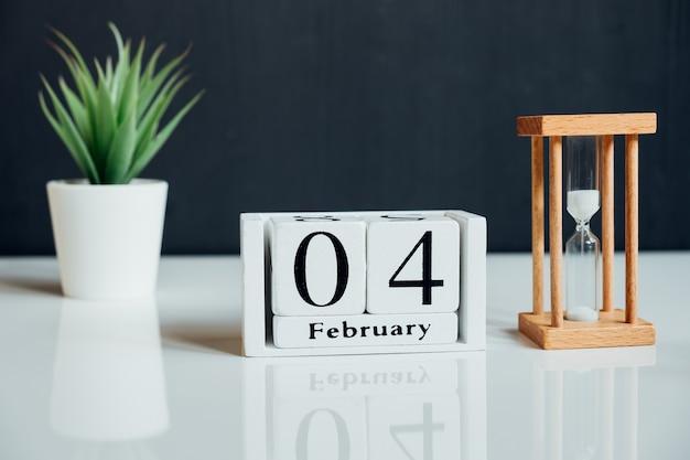 Quarto dia do mês de inverno, calendário de fevereiro.
