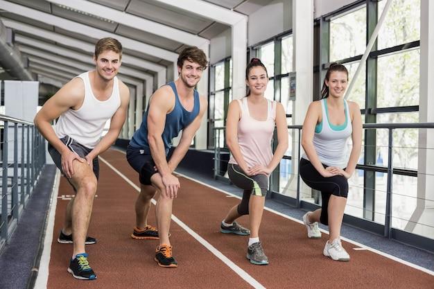Quatro, atlético, mulheres homens, esticar, pista corrente