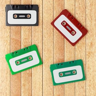 Quatro fitas cassete de áudio antigas