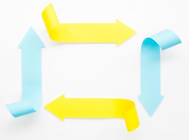 Quatro setas fazendo um retângulo