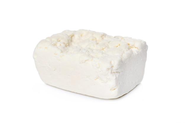Queijo cottage em uma superfície branca