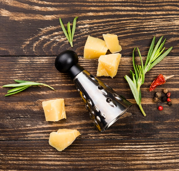 Queijo e ingredientes para massas
