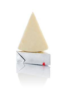 Queijo processado triangular