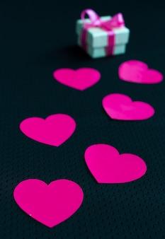 Quilling artesanal corações de papel criatividade e um presente para o dia dos namorados