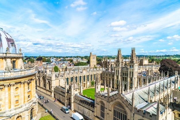 Radcliffe camera e all souls college da universidade de oxford. oxford, reino unido