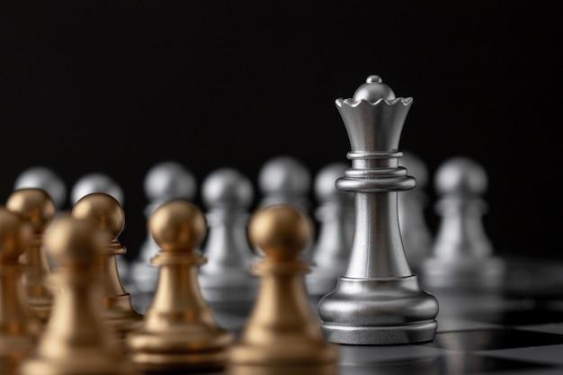 Rainha de prata é o líder