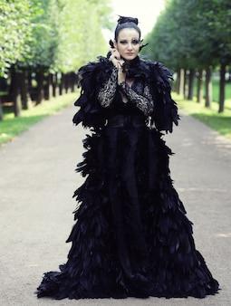 Rainha negra no parque