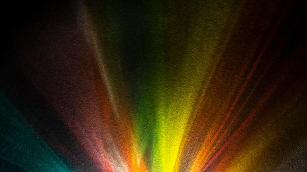Raios arco-íris em prisma