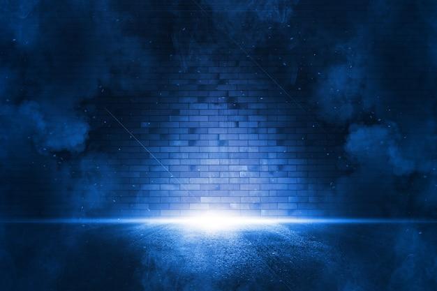 Raios de holofote luz neon azul. cena escura e vazia com fumaça. reflexões no asfalto molhado.