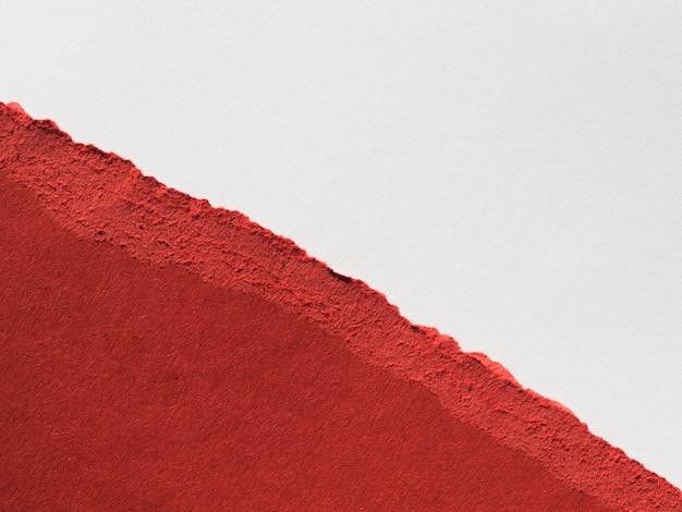 Rasgo de papel em cores