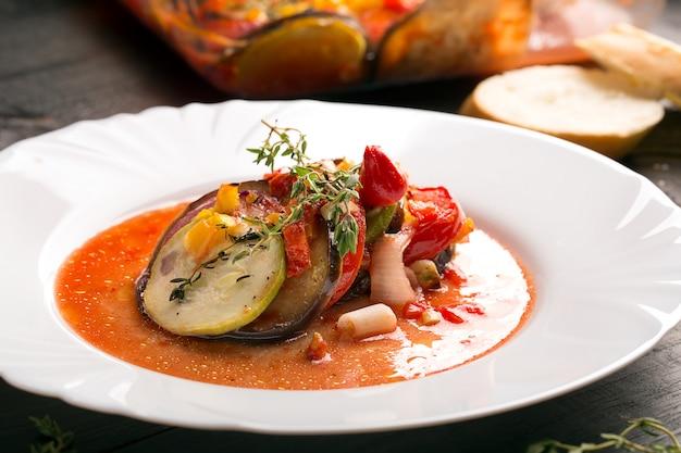 Ratatouille francês tradicional