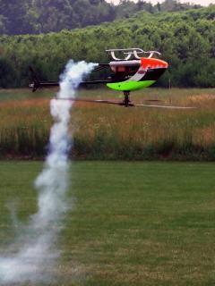 Rc helicóptero em pleno voo, hobby