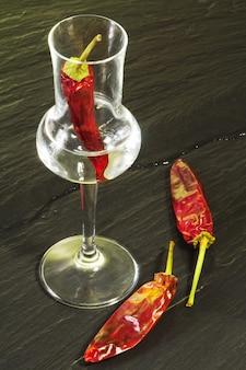 Rd pimenta quente grappa glass