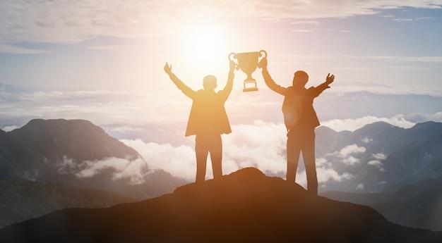 Realização e conceito de sucesso de meta de negócios.