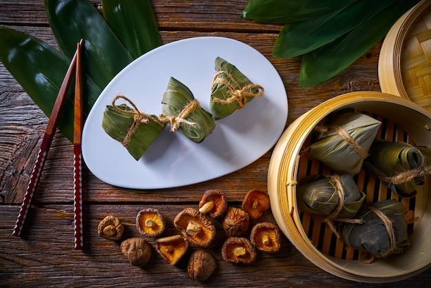 Receita de bolinhos de arroz pegajoso glutinoso zongzi